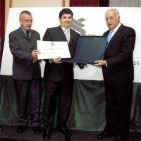 Reconocimiento APCE a José Manuel Arellano